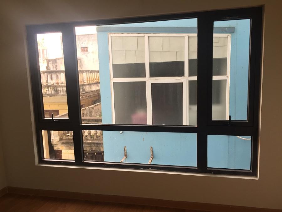 Báo giá cửa nhôm xingfa cho cửa sổ dạng hất